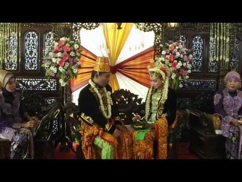 Indonesian Wedding Ceremony