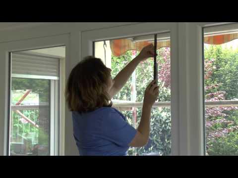 Plissee ausmessen und montieren an einer Balkontür (in der Glasleiste)