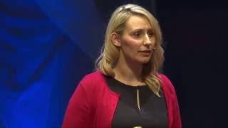 Kids in Care: Let's Start a Revolution! | Laura Beveridge | TEDxGlasgow - Video Youtube