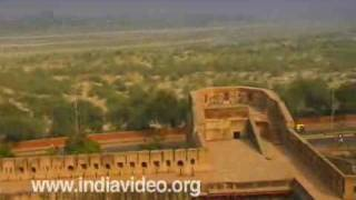 Agra Fort : The beauty of Mughal art and architecture