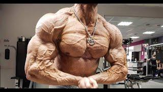 Кирилл Худаев. Тренировка груди за 4.5 недель до шоу.