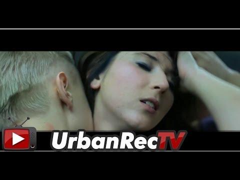 piooona's Video 113613167867 E0i9iRTborU