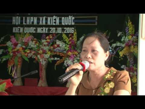 Bà Nguyễn Thị Hồng Doan chia sẻ với Hội phụ nữ xã Kiến Quốc, huyện Ninh Giang, tỉnh Hải Dương