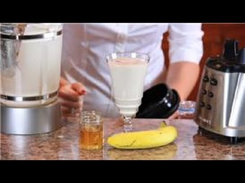 Video Nutrition Tips : How to Make a Healthy Homemade Protein Shake
