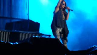 Getting Over You - Fergie and David Guetta at Morumbi - 04th Nov 2010