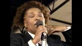 Roberta Flack - Oasis - 8/16/1992 - Newport Jazz Festival (Official)