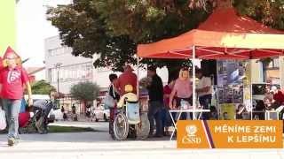 preview picture of video 'Kontaktní kampaň ČSSD Hodonín - hlavní křižovatka 17.9.2014'