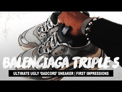 "THE ULTIMATE ""DAD"" SHOES (Balenciaga Triple S Grey Sneakers Review)"