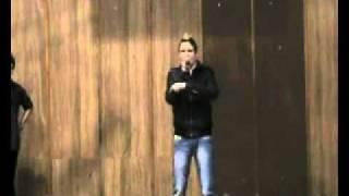 Video Blake Lewis, Mc Dean, Blain Short - Buď silný