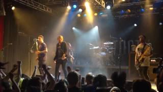 BEARTOOTH - Beaten In Lips (Live)