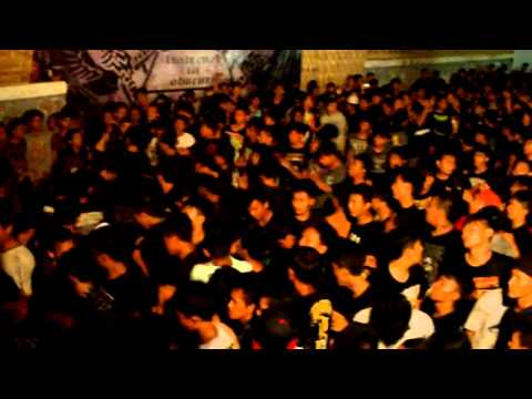 Krabby Patty (Deathcore) - Diluar Batas Nalar Manusia [Live @SIDOARJO EXTREAM METAL #1].mp4
