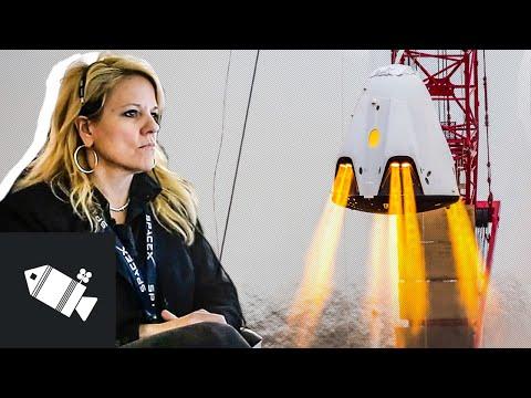 Ředitelka, která udržela SpaceX nad vodou