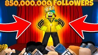 I GOT 800,000,000 MILLION FOLLOWERS AND BECAME THE BIGGEST CELEBRITY (Roblox Fame Simulator)