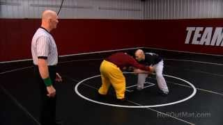 HOW TO WRESTLE | Wrestling Moves | Setup for Wrestling Takedowns Tutorial @RollOutMat