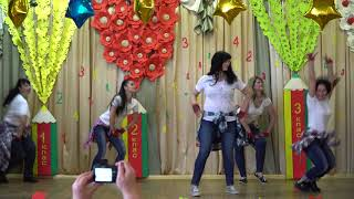 142 школа#МАМЫ ЗАЖИГАЮТ#выпускной 4-Б класса 2018 год#Харьков