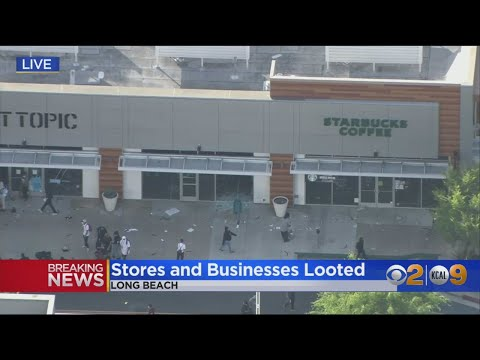 Looters Storm Hot Topic Store In Long Beach
