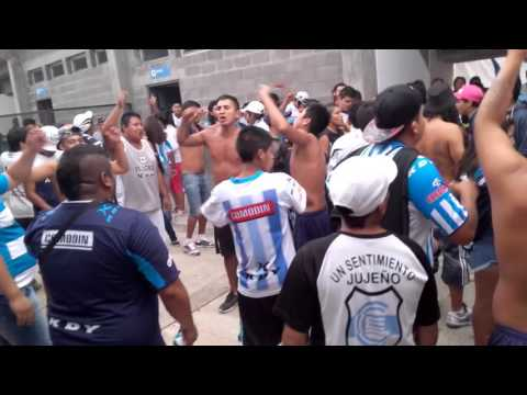 """""""La Hinchada De Gimnasia De Jujuy"""" Barra: La Banda de la Flaca • Club: Gimnasia y Esgrima Jujuy"""