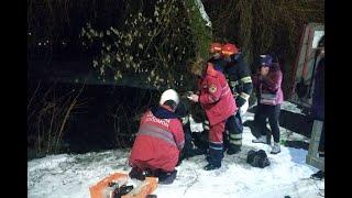 В Хмельницкой области два человека провалились под лед: один погиб