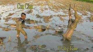 Chả Trạch Và Cuộc Thi Bắt Cá Dưới Bùn Của 2 Anh Em Tấm Cám Thời @