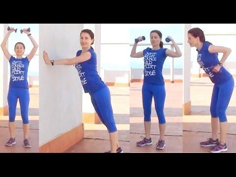 El ejercicio para el pecho aumentar el pecho en 1-2 dimensiones