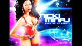 Kadr z teledysku Itty Bitty Piggy tekst piosenki Nicki Minaj