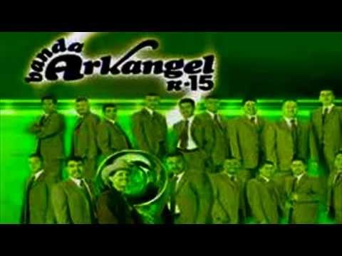Musica Romantica Banda Arkangel R-15