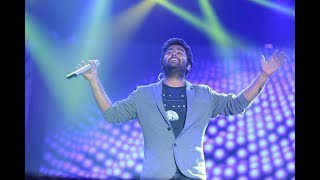 Bulleya (Live) | Arijit Singh Live Rocking Performance (HD)