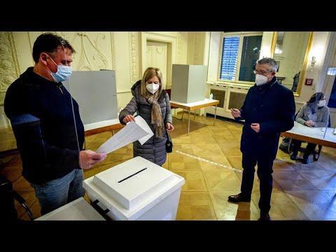 Γερμανία – τοπικές εκλογές: Βαριά ήττα για τους Χριστιανοδημοκράτες της Μέρκελ…