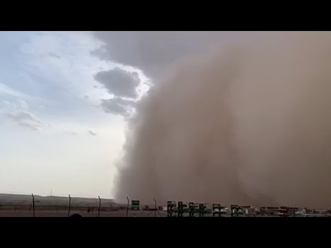 Sand storm at Fahud area in Al Dhahirah Governorate
