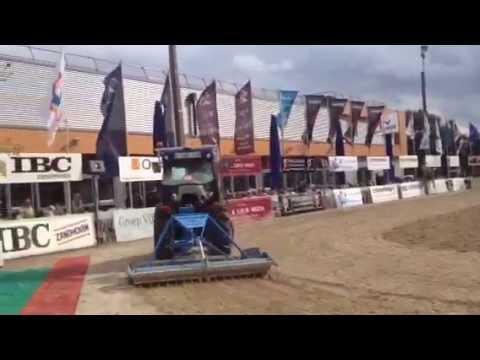 Profsleper met gevulde rol op jumping Zandhoven