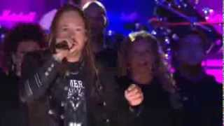 HAMMERFALL - GLORY TO THE BRAVE  Live - Feat. Team Cans / Gates of Dalhalla