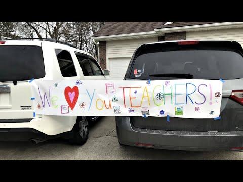 Valerius Elementary Teacher Parade March 2020
