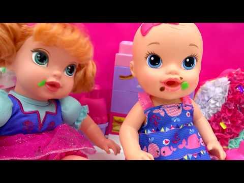 Babysitting Disney Frozen Princess Anna & Baby Alive Doll  - Toy Play Video