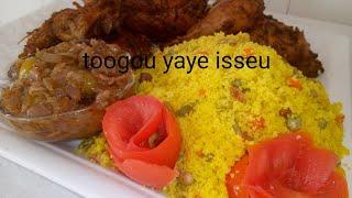 Couscous Marocain Avec Diaga Et Poulet Michoui à La Marmite Sauce Oignons à La Sénégalais