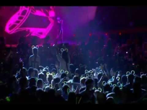 Deadmau5 - One Trick Pony (Live at Meowingtons Hax 2K11, Toronto)