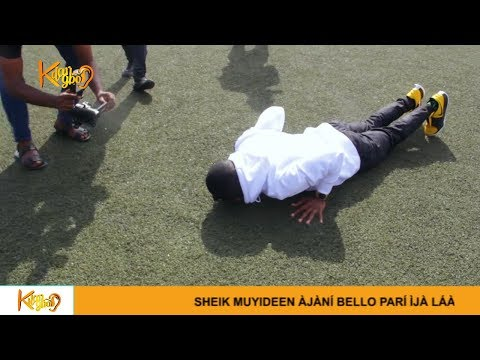 Small Doctor Prostrate to beg Outgoing Gov. Ambode to Build a Bridge In Agege