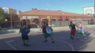 preview picture of video 'Tarde de basket en Villanueva.'