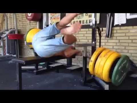 Die Rückenschmerz auf dem Gebiet des Halses die Gymnastik