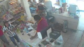 Gonzalez, Tamps. la tienda de la esquina, robo de revista y botana RESUELTO.wmv