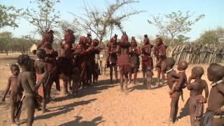 Kmen Himba - Namibie, Afrika (Hotelbusy Pangeo tours)