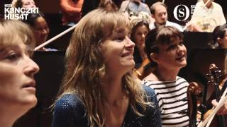 How Do Musicians React To a New Principal Conductor? You Gotta Watch This!