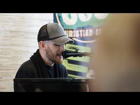 SOS Radio - Colton Dixon Brings Encouragement to Ronald McDonlad House Las Vegas