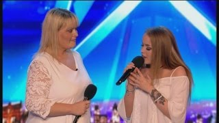 Gambar cover Mom & Daughter Singing Duet Get CRUSHED :(   Auditions 4   Britain's Got Talent 2017