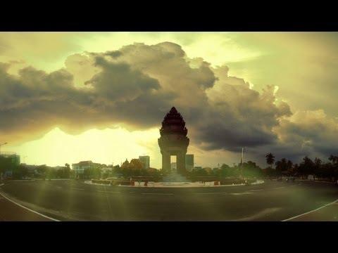 פנום פן - בירת קמבודיה בחגיגת צבע