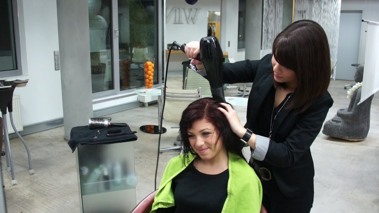Friseurin oder frisorin