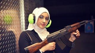 Video Hijabi Girl With An AK-47