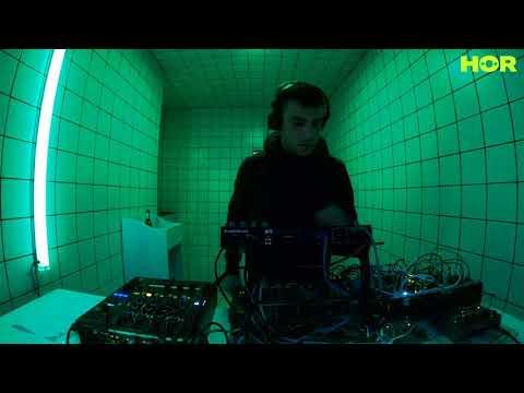 Francesco Devincenti (LIVE) / November 18 / 4pm-5pm