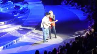 Trisha Yearwood and Garth Brooks - Walkaway Joe - Detroit, MI - 02.20.15