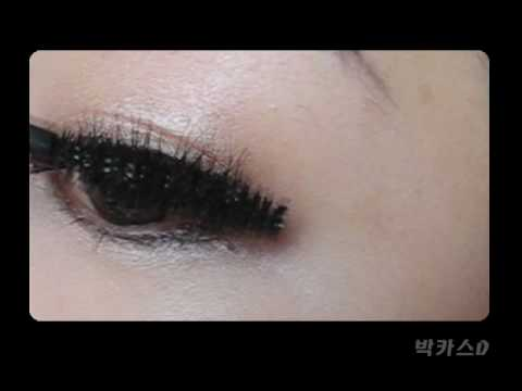 Wonder Perfect Mascara 4D by Clarins #3