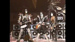 Kiss Heavens On Fire live